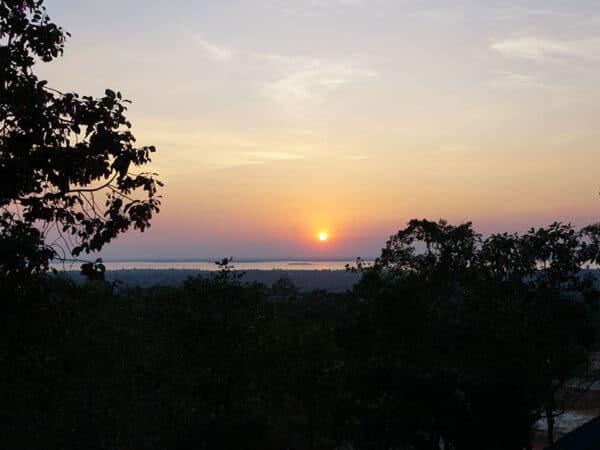 พระอาทิตย์ตกดิน